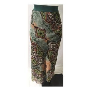 Green Print Skirt Size Large
